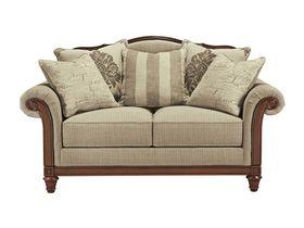 Классический двухместный диван Berwyn View