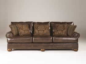Классический трехместный диван из экокожи Chaling DuraBlend®