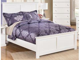 """Кровать двуспальная в белой цветовой гамме """"Bostwick Shoals"""""""