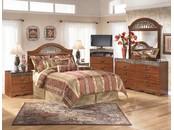 """Спальня в светлых тонах в классическом стиле из шпона вишни """"Fairbrooks Estate"""""""