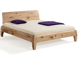 """Большая кровать из массива """"Gonda"""""""