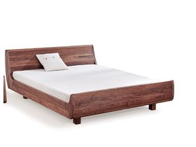 """Современная кровать из массива ореха """"Mola"""""""