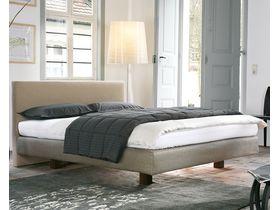 """Большая мягкая кровать для спальни """"Vega"""""""