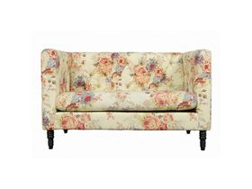 Двухместный диван в стиле шебби шик